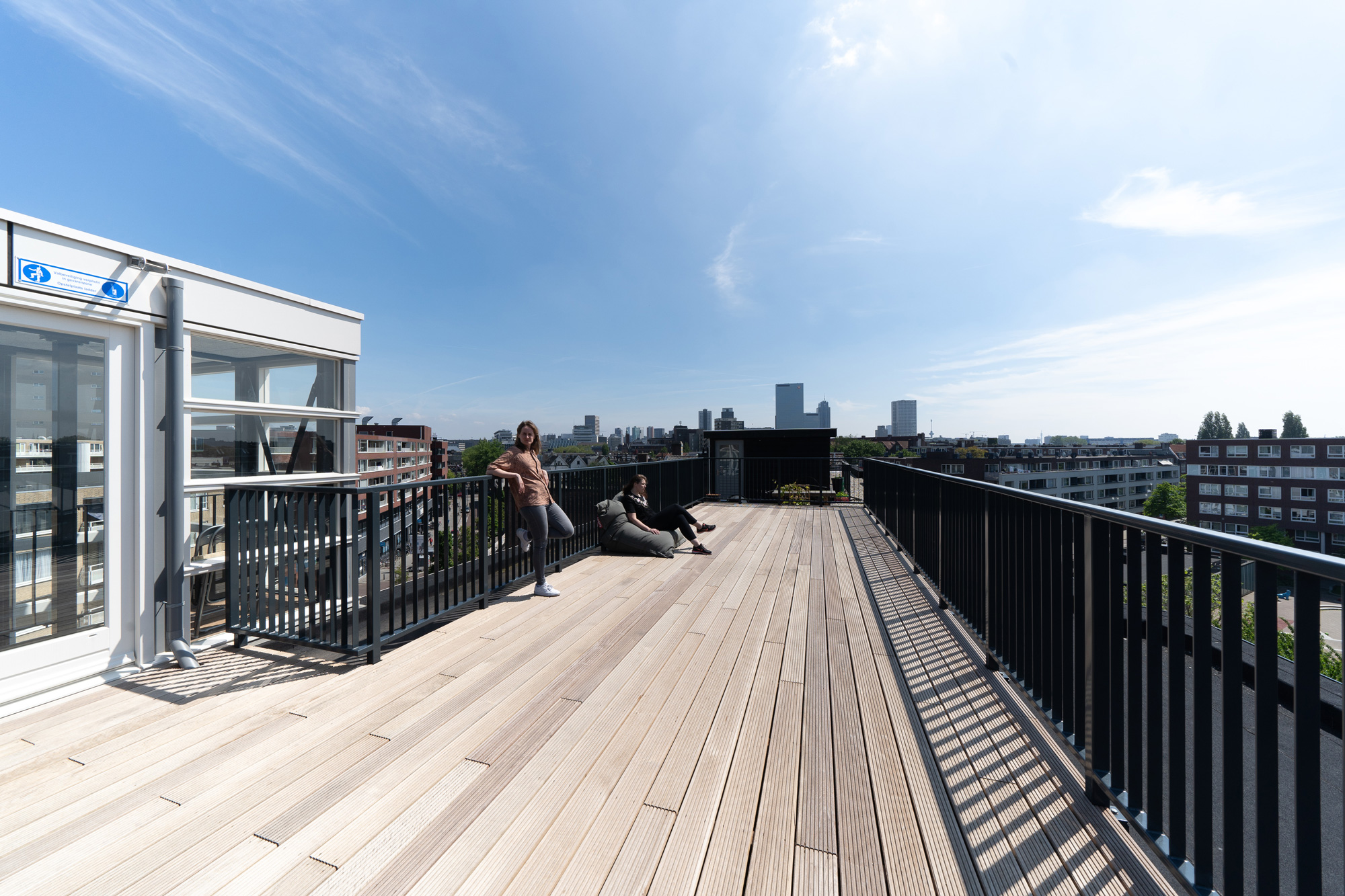 rooftop_architecture_rotterdam_view